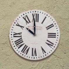 Horloge Murale à l'Ancienne