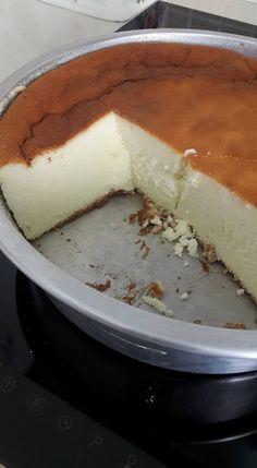 עוגת גבינה אורירית וטעימה.jpg