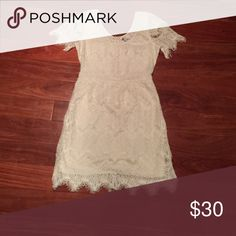Sz 4 Gap classy white fringe dress This dress is so sophisticated and classy. It has been my go to dress for any kind of shower and it's also perfect for date night! It's runs a little small, but the zipper in the back ensures a perfectly flattering fit! Gap Dresses