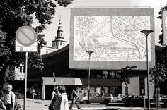 Y‐block building in Oslo by Erling Viskjø. Mural by Picasso. Oslo, Picasso, Concrete, Sculptures, Tapestry, Architecture, Drawings, Building, Spaces