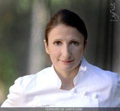 Portrait de la chef Anne-Sophie Pic, héritière d'une lignée de cuisiniers