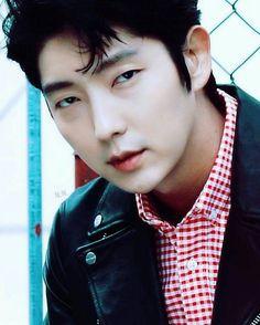 Lee Jun Ki...