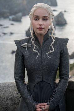 Game of Thrones Daenerys Targaryen Khaleesi Dani silbernes Haar silver Hair Königin der Drachen Staffel 7