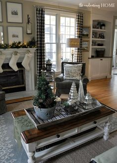 christmas decor nature inspired family room, christmas decorations, home decor, seasonal holiday decor Christmas Living Rooms, Christmas Bedroom, Christmas Home, Xmas, Silver Christmas, Christmas Trees, Coffee Table Centerpieces, Decorating Coffee Tables, Centerpiece Ideas