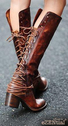 Would kinda kill for these boots!