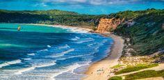 Pipa te espera con 10 kilómetros de playas que te entregarán relajo y tranquilidad en el paraíso de Brasil ¿Cuándo ir? http://www.rutas365.com/es-brasil-pipa-atractivos-turisticos/