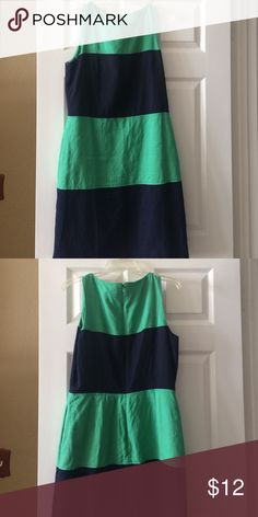 Navy blue & green dress Very cute dress with pockets. Tag missing. I think the dress is a size 10 from JCrew. J. Crew Dresses Midi