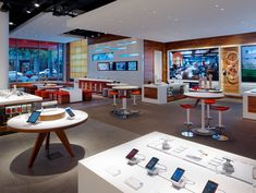 Phone Shop | Retail Design | Retail Display | AT T Michigan Avenue flagship store by Callison Chicago