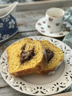 Fall is calling, pumpkins do find the way into the kitchen - Chef's Handyman - Food Magazine Pumpkin Bread, Chef, The Dish, Plant Based Recipes, Bunt, Vegan Recipes, Dishes, Breakfast, Desserts
