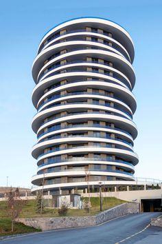 Organic Architecture, Futuristic Architecture, Amazing Architecture, Residential Complex, Residential Architecture, Round Building, Zaha Hadid Design, Unique Buildings, Contemporary Home Decor