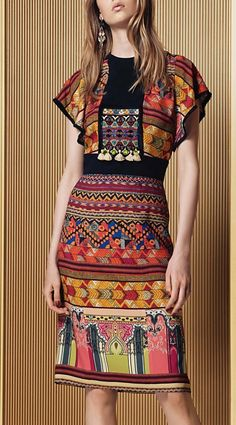 Etro Resort 2017 l Ria Fashion 2017, Love Fashion, Runway Fashion, High Fashion, Fashion Details, Fashion Show, Womens Fashion, Fashion Design, Fashion Trends