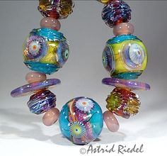 Thursday S - Lampwork Etc. Glass Jewelry, Jewelry Art, Glass Beads, Beads Pictures, Lampwork Beads, Bead Art, Colored Glass, Wearable Art, Thursday