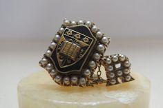 Antique 10k gold pearl pin Caritas Veritas 5.6 grams