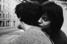 snuggle in the street, maria dangelo, avenue journal
