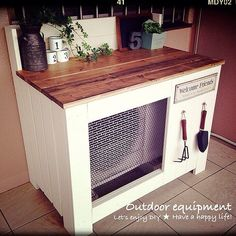 Entrance/DIY/室外機カバーのインテリア実例 - 2014-02-18 09:01:26 | RoomClip (ルームクリップ) Ac Unit Cover, Ac Cover, Wooden Words, House Layouts, Shelving, Home Improvement, Furniture Design, New Homes, Home And Garden