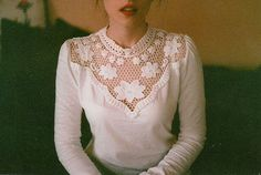 embroidered photographs by maria aparicio Looks Style, Style Me, Hipster Indie, Mode Outfits, Pretty Outfits, What To Wear, Vintage Fashion, Style Inspiration, Stylish