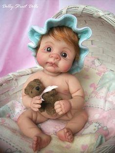 Joni Inlow, Minature Doll Artist