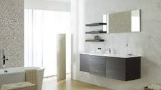 This season's top interior design tips and trends will help you inject magazine-worthy style into your home for an elegant look guaranteed to impress Bad Inspiration, Bathroom Inspiration, Bathroom Trends, Modern Bathroom, Kitchen Tiles, Kitchen And Bath, Bathroom Styling, Interior Design Tips, Bathroom Furniture
