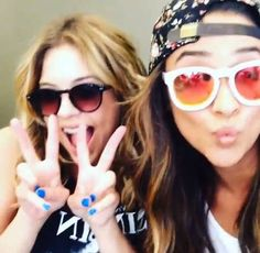 Shay Mitchell and Ashley Benson Get Their Nails Done