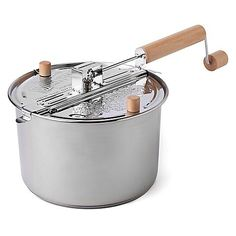 This Wabash Valley Farms Stainless Steel Whirley Pop Stovetop Popcorn Popper is all you need to create a healthy and tasty snack. Made of stainless steel, the Whirley Pop popper is sure to leave you deliciously satisfied.