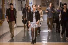 Trailers, clips, images and poster for the YA mystery drama BEFORE I FALL starring Zoey Deutch. Fashion Wear, Fashion Beauty, Sweet Fashion, Fashion Clothes, Fashion Outfits, Outfits For Teens, Fall Outfits, School Outfits, Casual Teen Fashion