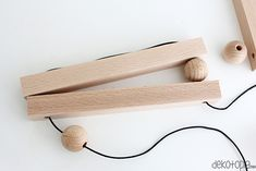 Diy Home Crafts, Wood Crafts, Valentine Crafts For Kids, Floating Nightstand, Clothes Hanger, Diy Projects, Woodworking, Soap, Diy Holz