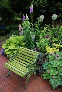 inspirasi warna kursi taman hijau