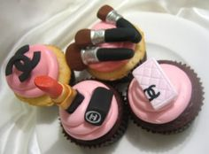 chanel+cupcakes=awesome