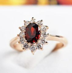 18K-GP-Gold-Swarovski-Crystal-Element-Red-Oval-Wedding-Ring-6-7-8-9-Size