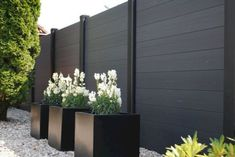 8 Smart Tips AND Tricks: Modern Fence Facade fence architecture dreams.Modern Fence Diy black fence home depot. Backyard Fences, Garden Fencing, Backyard Landscaping, Backyard Privacy, Privacy Fences, Privacy Fence Landscaping, Outdoor Fencing, Dog Backyard, Privacy Panels
