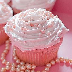 pink champagne cupcakes with pink champagne frosting - bridal shower idea?