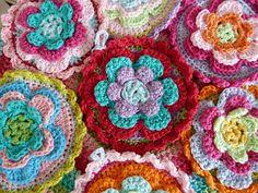 Ilona's blog: Gehaakte bloemen