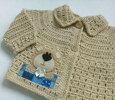 casaco-croche-de-linha-ursinho-bebe.jpg (1200×1036)