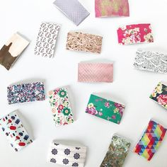 Vegan Leather Snap Clips and Glitter Snap Clips MIXED GRAB BAG of 5 (Handmade Snap Clip) Diy Clay, Clay Crafts, Glitter Fabric, Grab Bags, Vegan Leather, Hair Bows, Hair Clips, Party Favors, Card Stock