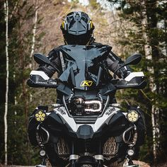 Image may contain: outdoor Bmw Adventure Bike, 1200 Gs Adventure, Bmw Motorbikes, Bmw Motorcycles, Bike Bmw, Suzuki Cars, Biker Gear, Motorcycle Garage, Street Bikes
