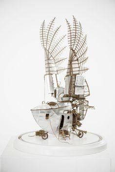 steampunk, dieselpunk miniature model airship, aircraft made by jeroen van Kesteren from cardboard aluminium foil and tracingpaper