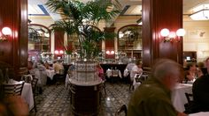 Bouchon Bistro - Las Vegas: Stay at the Venitian or Palazzo. Rooms are large and spacious.  Wonderful french bistro by Michael Keller, Buchon Bistro at the Venetian Hotel.