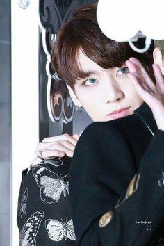Image about kpop in bts 💞 by gwen on We Heart It Jungkook 2016, Jungkook And Jin, Jimin Jungkook, Bts Bangtan Boy, I Need You Love, I Love Bts, Jung Kook, Foto Bts, Jikook