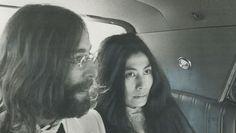 """Il y a 48 ans, le 26 mai 1969, John Lennon et Yoko Ono s'installaient auQueen Elizabeth Hotel deMontreal, au Canada, et cela afin de lancer leur deuxième Bed-in en faveur de la paix.  Quelques jours plus tard, le couple enregistraient la chanson """"Give peace a Chance""""... inoubliable."""
