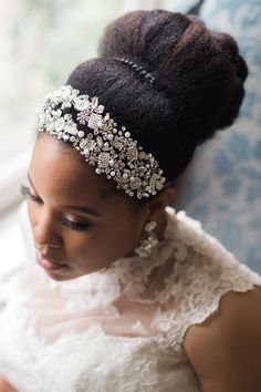 nice Natural Belle: An Interview and Editorial Shoot with Natural Hair Beauty Maven Ebony Clark |Munaluchi Bride