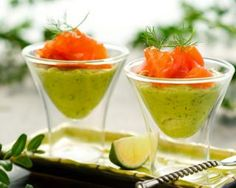 Avocado Mousse & Smoked Salmon Verrines :: 2 ripe avocados, peeled, pitted and d. Avocado Mousse, Avocado Cream, Salmon And Broccoli, Smoked Salmon Recipes, Diet Recipes, Cooking Recipes, Elegant Appetizers, Dukan Diet, Fingers Food