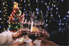 Whether you enjoy a beverage or two or not, it's safe to say most people will be drinking a little more alcohol than usual during Christmas and New Year. So if you are bracing yourself for impact when it comes to a few hangovers, why not embrace a few tactics to help damage control?  Here are some great tips from naturopath Lynda Griparic to help ease the load. Enjoy! Over to Lynda...