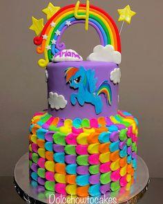 For More 🌻🏳️🌈 Rainbow Dash Unicorn Cake 🏳️🌈🌻 Festa Rainbow Dash, Rainbow Dash Cake, Rainbow Layer Cakes, Diy Rainbow Birthday Party, My Little Pony Birthday Party, 5th Birthday, Birthday Cakes, Happy Birthday, Tortas Deli