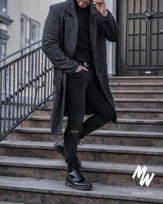 Great photo of our dear friend @luke.baldman #menswear #mensfashion #menstyle #mensstyle #ootdmen #collection #photography #creativeconcept #pink #inspiration #instafashion #londonfashion #fashionillustration #illustration #trendyclothes #fashion #swag #style #stylish #ootd #dapper #swagger #men #photooftheday #loafer #luxury #velvetslippers #mensshoe #slippers #mensfashionpost http://ift.tt/2IhMser
