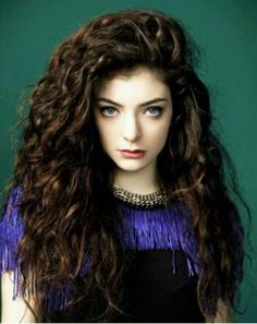 Lorde looking much younger