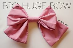 I just loved the look of this oversized bow with the Neapolitan dress! As you might have guessed by now, I love oversized details. The bigger the better. It totally worked for the distressed birthday girl look that we were going for. What is fashion without drama? Nothing! So anyways, here's how to make this …