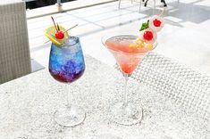 We've got a good Friday feeling! Be ready to enjoy a 3-for-2 cocktails starting from 12:00 noon – 4:00 p.m. at the #AzaaRestaurant and #TAOBeachHouse. Come on over! #TheCamakilaLegianBali 🍸🍸   #TheCamakilaLegianBali #camakilabali #camakila #legian #bali