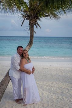 """3)A destination wedding is the perfect stepping-off point for your honeymoon. Whether you opt to get married in your honeymoon destination or will hold your wedding at the beginning of a luxury cruise, you'll be able to start your honeymoon immediately after you say, """"I do."""" - Brentwood Travel"""