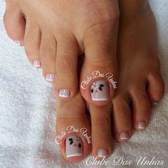 Mais de 74 Modelos de Unhas artísticas para inspiração 2017 French Manicure Designs, Pedicure Designs, Toe Nail Designs, Nail Polish Designs, Pedicure Nail Art, Nail Spa, Diy Nails, Pretty Toe Nails, Gorgeous Nails