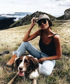 Find images and videos about girl, fashion and cute on We Heart It - the app to get lost in what you love. Estilo Cowgirl, Dark Portrait, Mode Outfits, Cute Pictures, Dog Pictures, Summer Outfits, Photoshoot, Style Inspiration, My Style